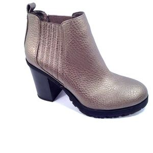 Women's Sam and Libby Denna pewter booties 8.5